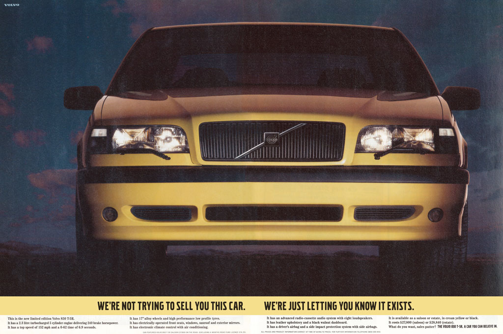 Annons med en T-gul Volvo 850 T-5R, även kallad T5R och T5-R, i en engelsk tidning från 1995