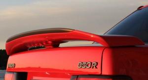 Den populära R-vingen fanns enbart på sedanmodellen av Volvo 850R av årsmodellerna 1996 och 1997.