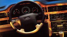 Volvo 850R Dashboard - Instrumentbräda och ratt - masurbjörk